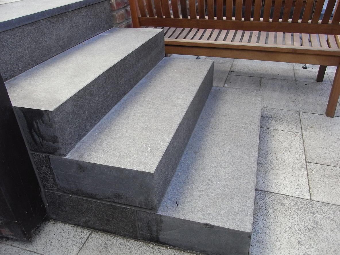 blockstufen und treppenläufe - j+b - naturstein und schiefer kaufen